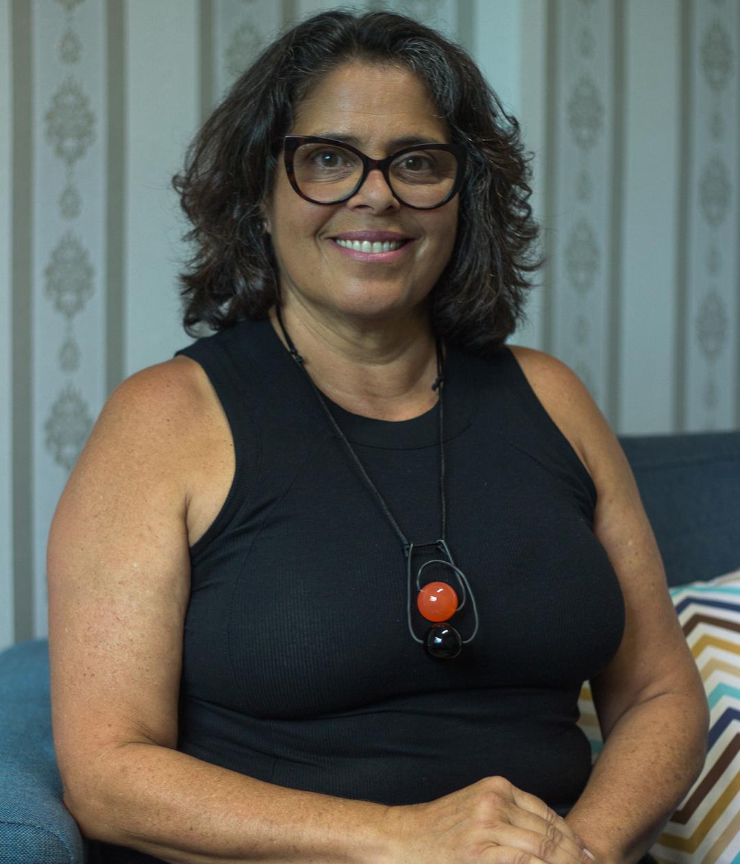 Ana Maria Velloso Coutinho Lobo, Psicóloga, CRP: 06/157490