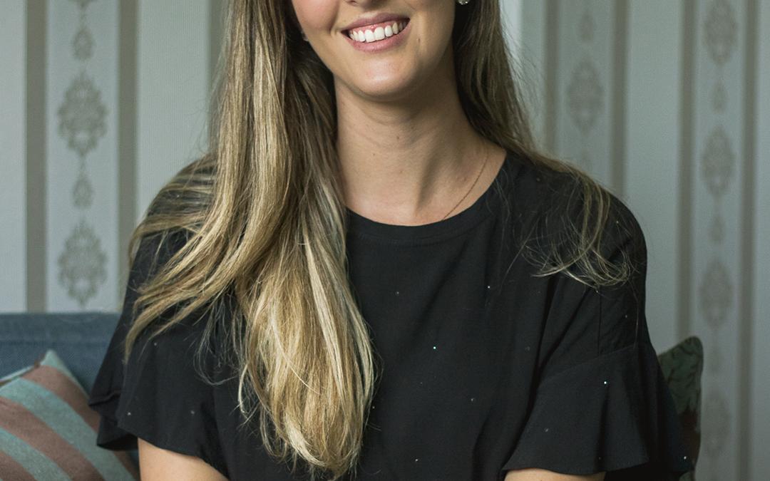 Isabela Gimenez Manna Oliveira, Psicóloga, CRP: 06/130334