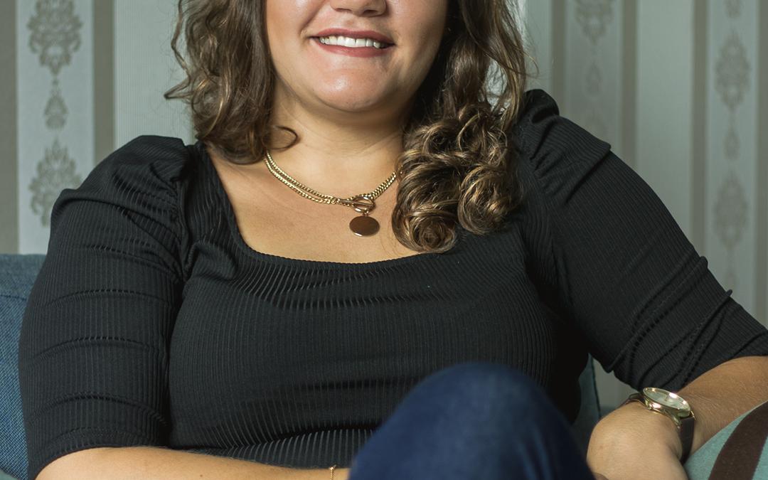 Marina Aparecida Barbosa Paiva, Psicóloga, CRP: 06/150769