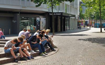 Adolescentes e a dependência de internet