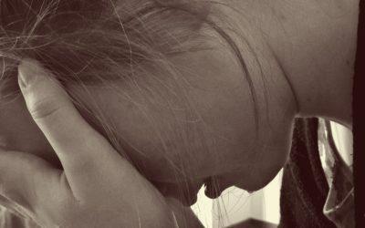 Como ajudar alguém que tem pensamentos suicidas?