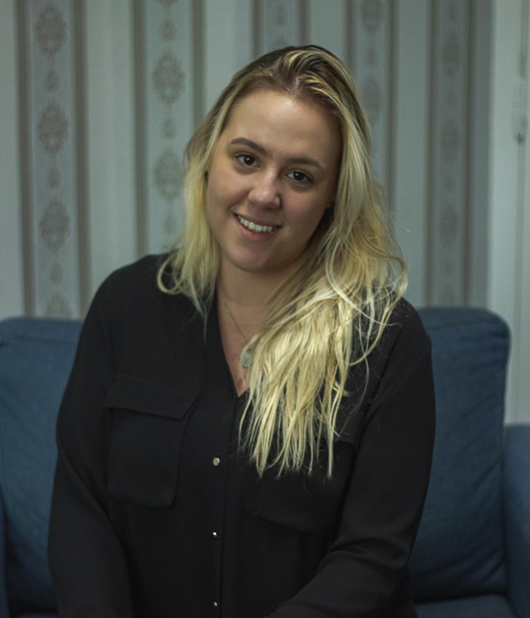 Letícia de Oliveira Navarro, Psicóloga, CRP: 06/158127