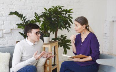 Por que um psicoterapeuta não atende amigos e parentes?